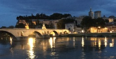 Sur Le Pont d'Avignon at Night